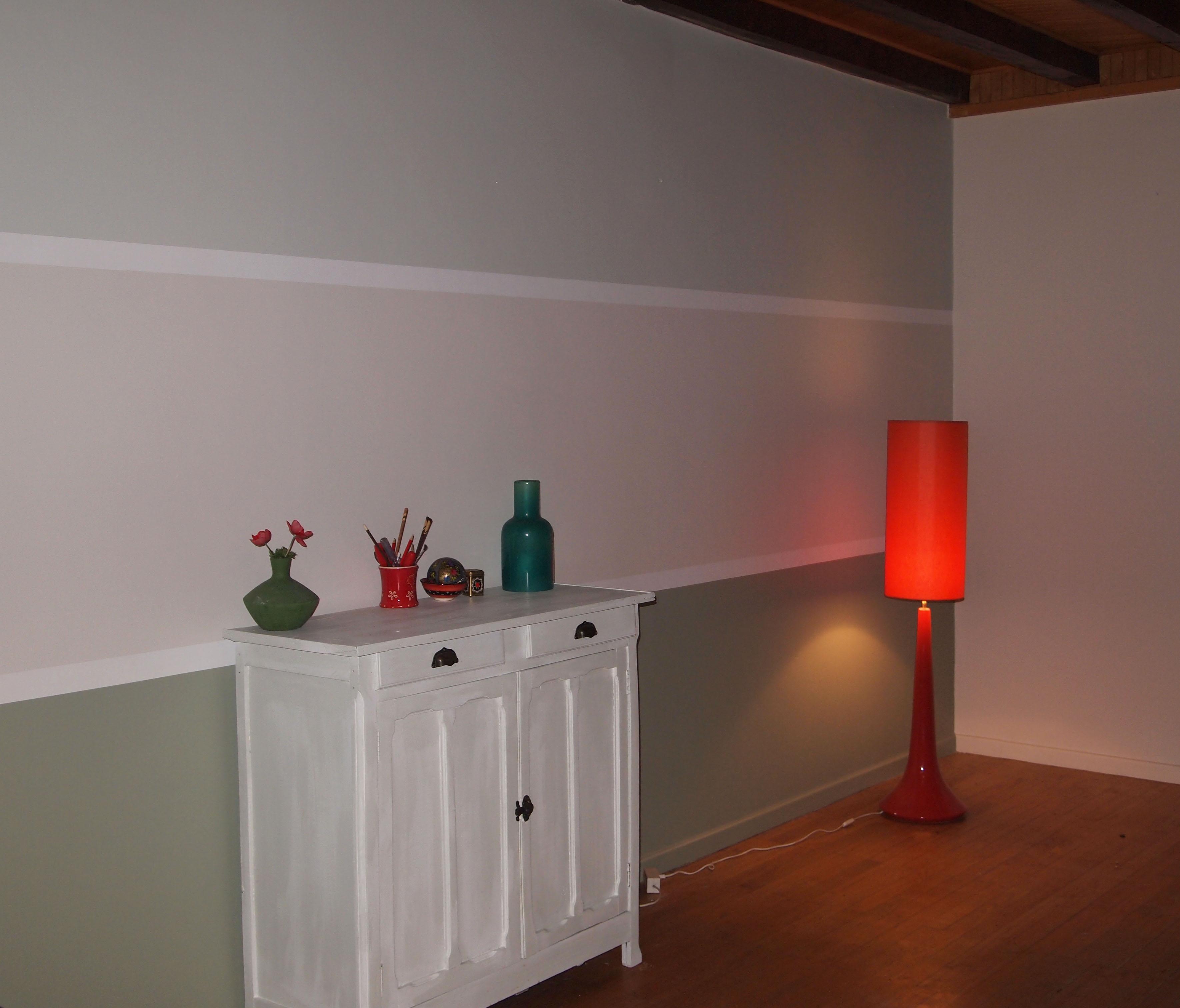 Rayures tricolores de peinture satin e velours le blog de l 39 entreprise de peinture et for Peinture satinee couleur