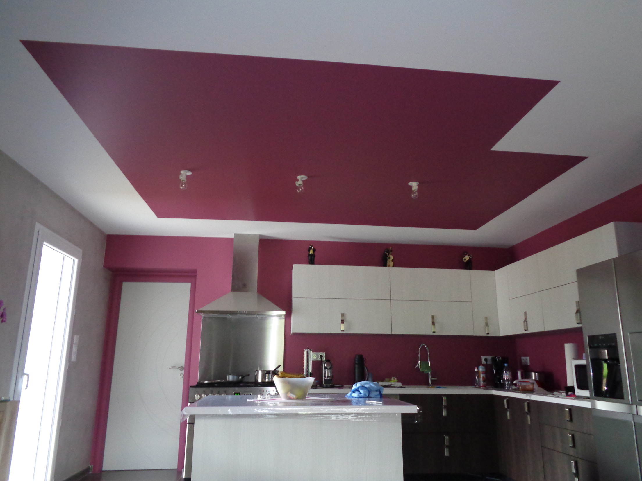 Osez un plafond en couleur le blog de l 39 entreprise de peinture et d coration transparence for Quelle couleur dans une cuisine